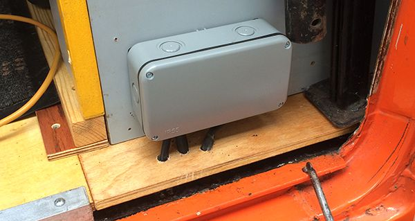 VW LT Camper Towing Relay Box